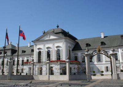 Bratislava 1500 x 800