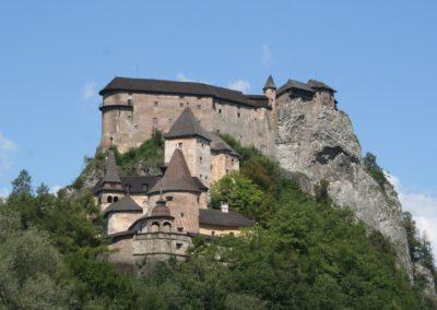 Orava Castle 1500 x 800